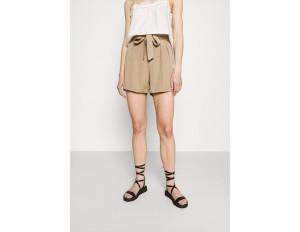 Vero Moda VMMIA LOOSE SUMMER - Shorts - silver mink/hellbraun