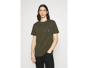 Nike Sportswear T-Shirt basic - cargo khaki/cargo khaki/black oxidized/oliv